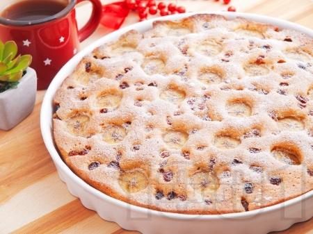 Лесен сладкиш / кекс с банани, фурми и орехи - снимка на рецептата